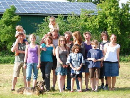 Gruppenphoto der drei Familien - nur einer war beim Angeln...